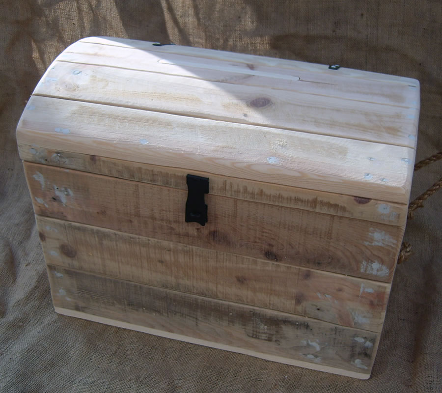 closed wooden wedding trunk
